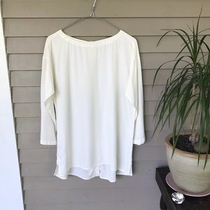 NWOT J Jill blouse with Button Down Back